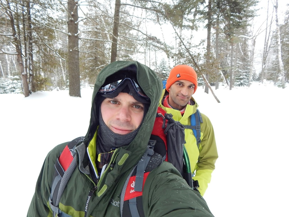 5 Budget Tips to stay warm on your next winter hikes!